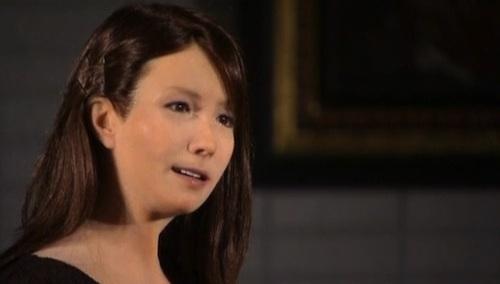 Un robot acteur au Japon