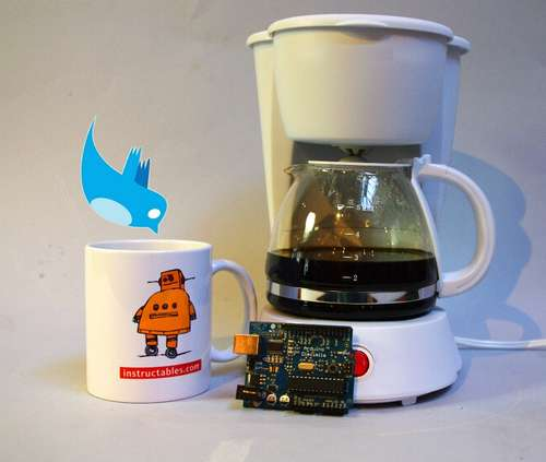 Tweet a Pot Twitter Enabled Coffee Pot Tweeter pour avoir du café : Tweet a Pot la cafetière Twitter